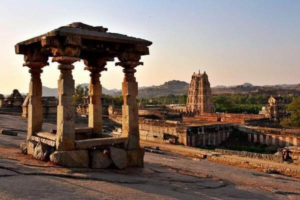 Découvrez Hampi – les ruines impressionnantes de l'empire de Vijayanagar
